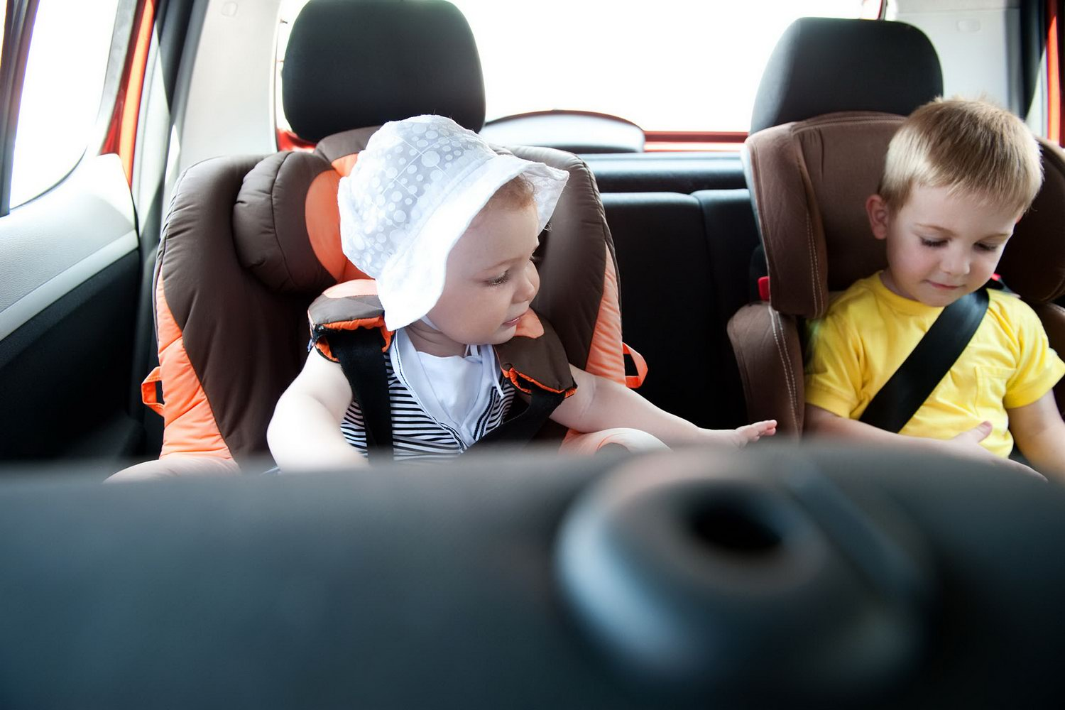 Complete Car Features   Top tips for travelling with kids