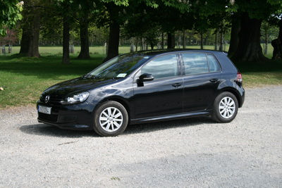Complete Car Features | Volkswagen Golf BlueMotion:1,000km on a tank
