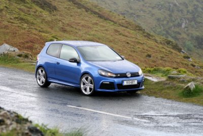 Complete Car Features | VW Golf R: the forgotten super hatch?