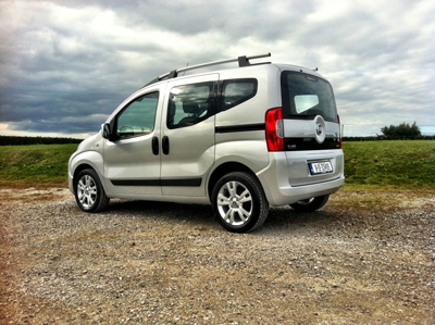 Complete Car Features | The Qubo arrives