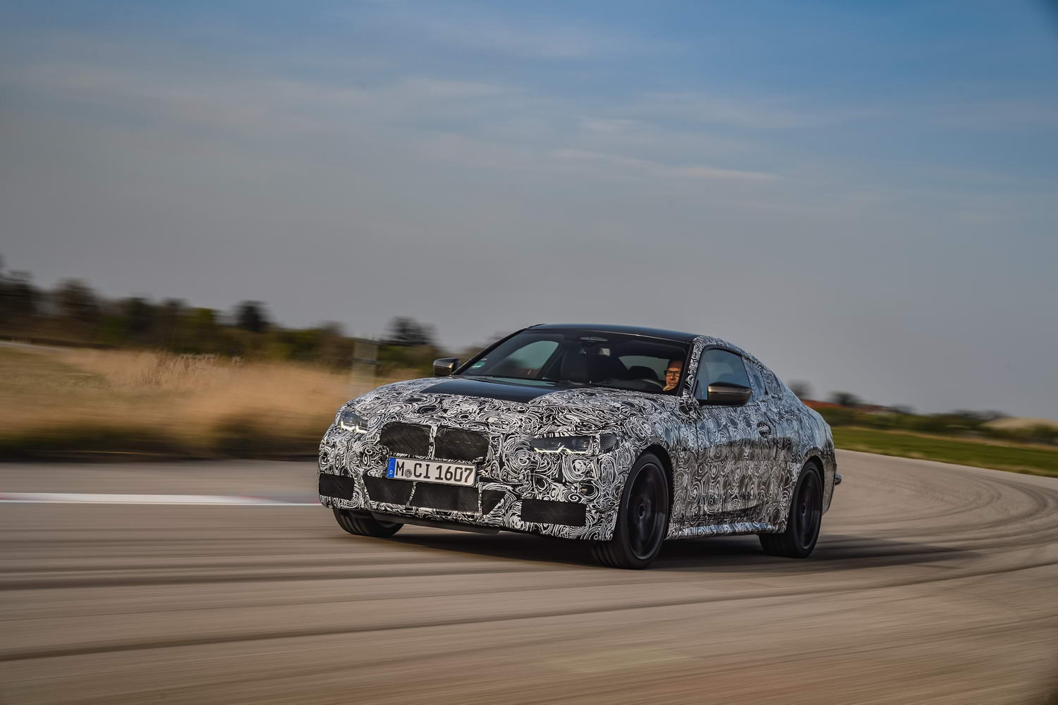 BMW reveals chassis of new 4 Series Coupe