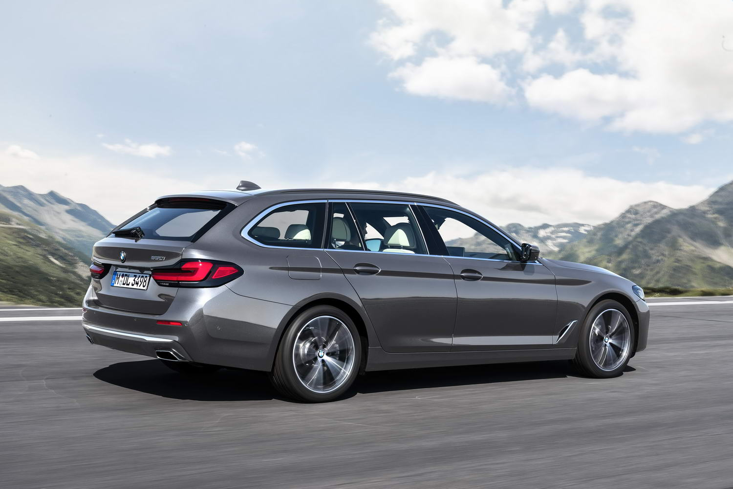 bmw 5 series touring 'lci' 2021 image gallery  car and