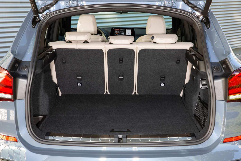 Bmw X1 Xdrive25e Hybrid 2020 Reviews Complete Car