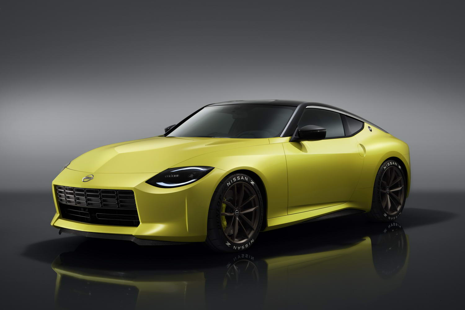 Nissan Z Proto previews new rear-drive coupe