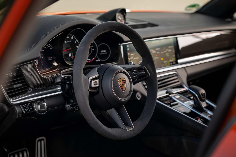 Porsche Panamera Turbo S Sport Turismo (2021)   Reviews ...