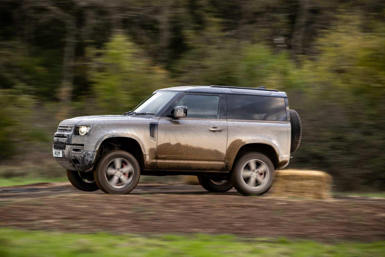 Land Rover Defender 90 X P400 (2021) | Reviews | Complete Car