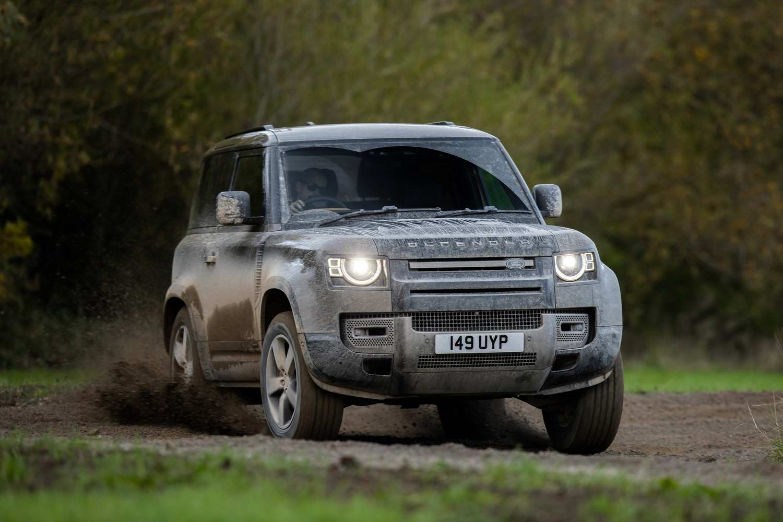 Land Rover Defender 90 X P400 (2021)   Reviews   Complete Car