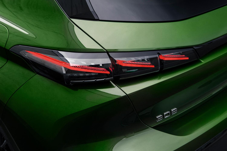 New Peugeot 308 revealed in full