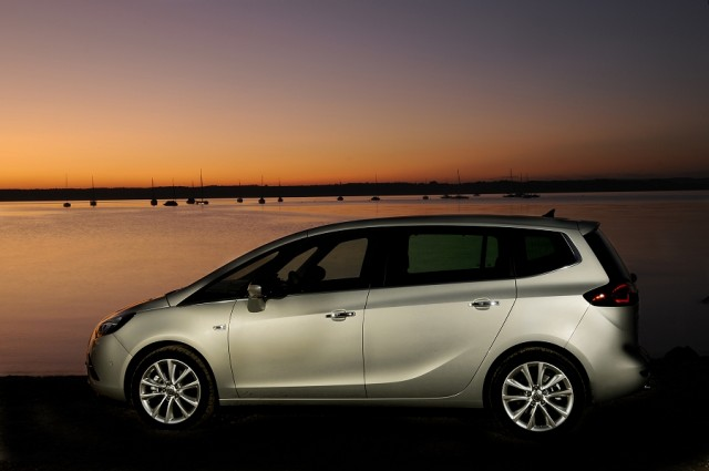 Opel Zafira Tourer 1 6 CDTi new car review by CompleteCar ie