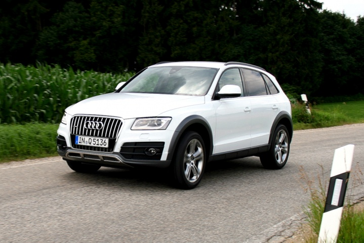 audi q5 reviews news test drives complete car. Black Bedroom Furniture Sets. Home Design Ideas