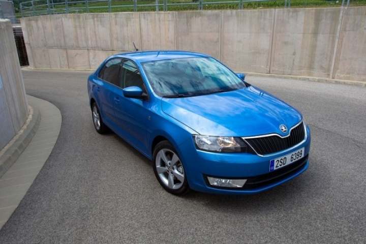 skoda rapid reviews test drives complete car. Black Bedroom Furniture Sets. Home Design Ideas