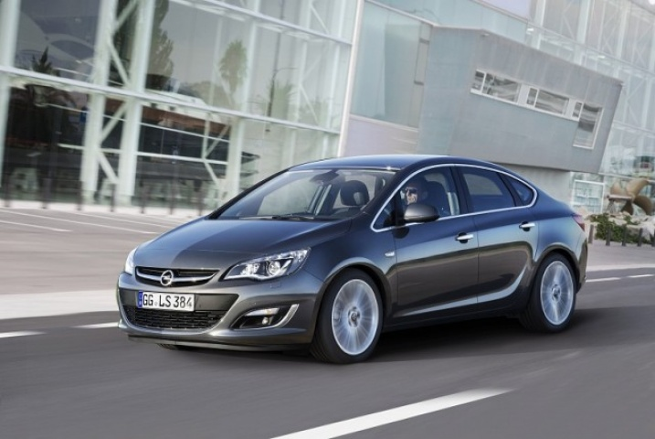 opel astra saloon reviews complete car