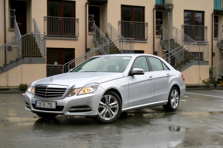 Mercedes-Benz E 300 BlueTec Hybrid | Reviews | Complete Car