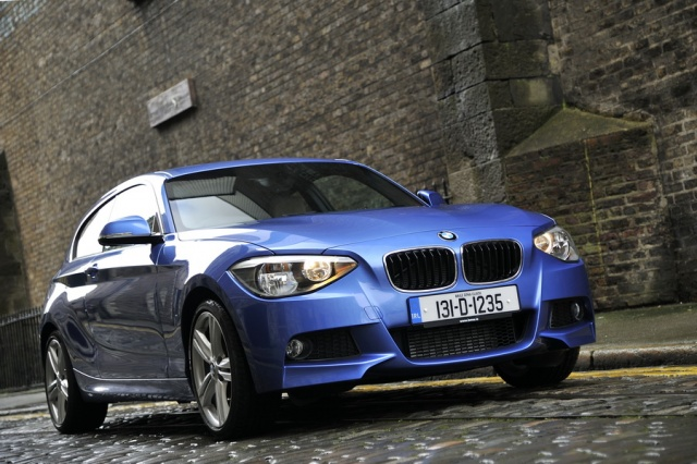 bmw 114i reviews news test drives complete car. Black Bedroom Furniture Sets. Home Design Ideas