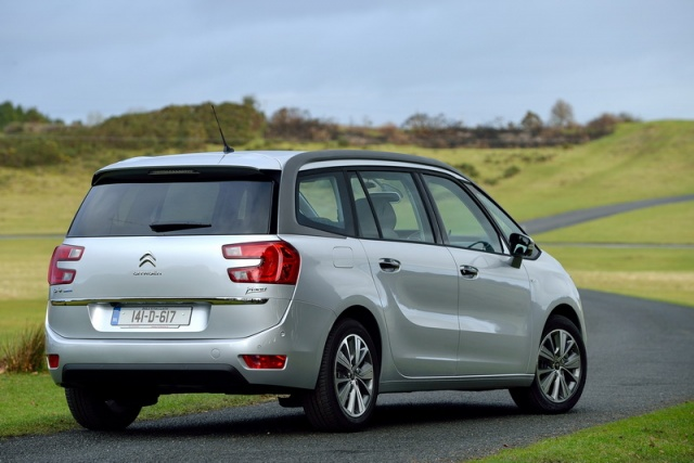 citroen c4 grand picasso reviews complete car. Black Bedroom Furniture Sets. Home Design Ideas