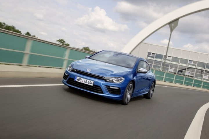 volkswagen scirocco r reviews complete car. Black Bedroom Furniture Sets. Home Design Ideas