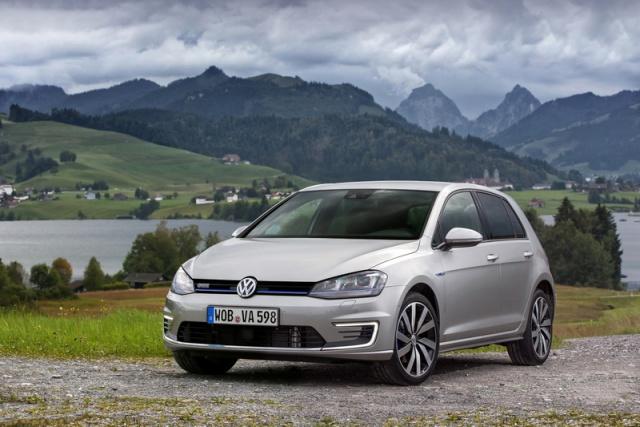 Volkswagen Golf Golf 8 Life 1.5 TSI 150PS 6-sp £22,875