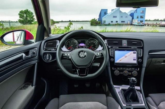 volkswagen golf mild hybrid prototype reviews complete car. Black Bedroom Furniture Sets. Home Design Ideas