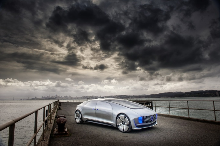 Mercedes benz f 015 autonomous concept reviews for Mercedes benz f 015