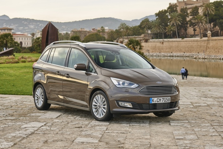 Ford Grand C Max >> Ford Grand C Max Reviews Test Drives Complete Car