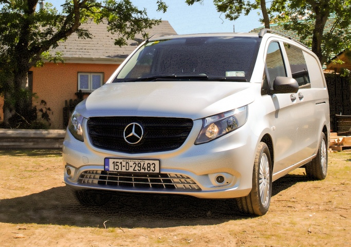 Mercedes benz vito mixto reviews complete car for Mercedes benz vito review