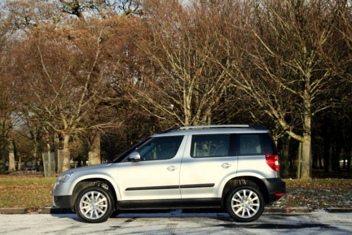skoda yeti 4x4 reviews test drives complete car. Black Bedroom Furniture Sets. Home Design Ideas