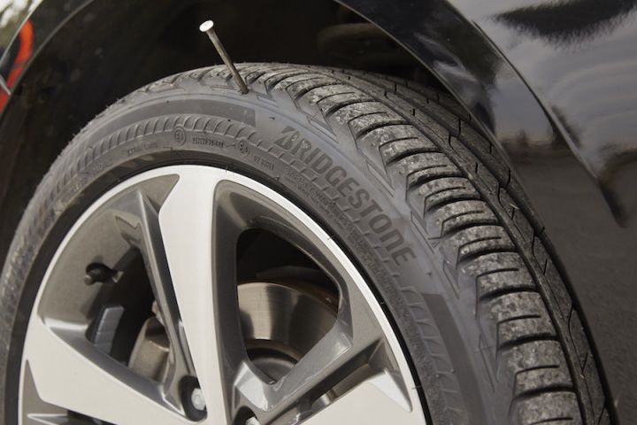 Bridgestone Driveguard Review >> Bridgestone launches run-flat tyres in Europe - car and motoring news by CompleteCar.ie