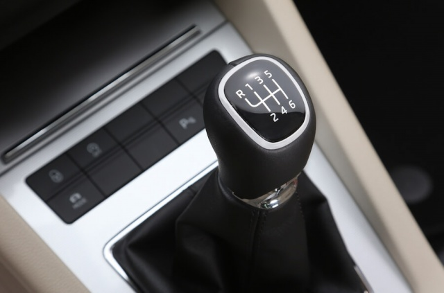 skoda octavia 1.0 tsi | reviews | complete car