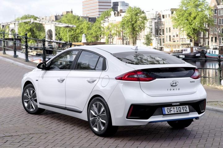Hyundai Ioniq | Reviews, Test Drives | Complete Car