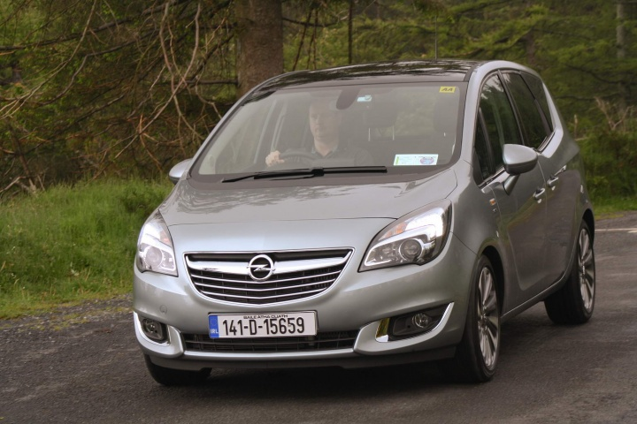 mpv twin test ford b max vs opel meriva a feature by. Black Bedroom Furniture Sets. Home Design Ideas