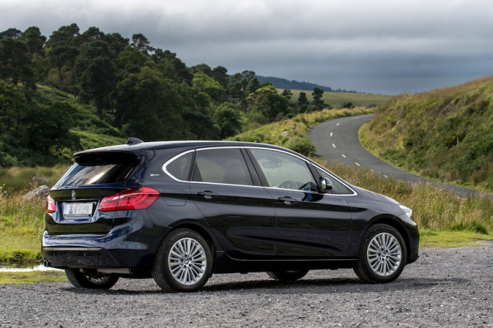 bmw 225xe active tourer reviews complete car. Black Bedroom Furniture Sets. Home Design Ideas