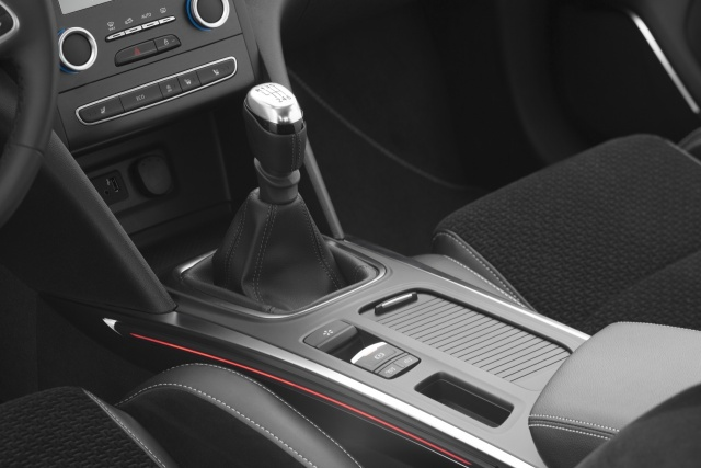 renault megane grand coupe reviews complete car rh completecar ie Renault Laguna 2013 Renault Laguna Coupe Interior