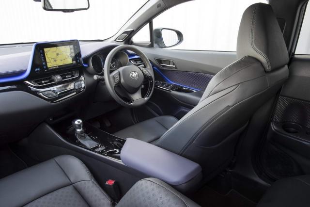 toyota c hr hybrid reviews complete car. Black Bedroom Furniture Sets. Home Design Ideas