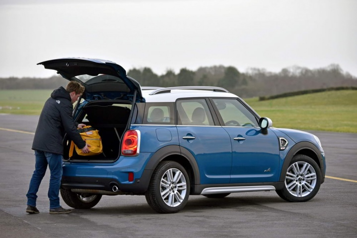 mini countryman cooper s all4 reviews test drives. Black Bedroom Furniture Sets. Home Design Ideas