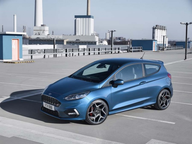 Ford Fiesta ST: details, specs and pictures