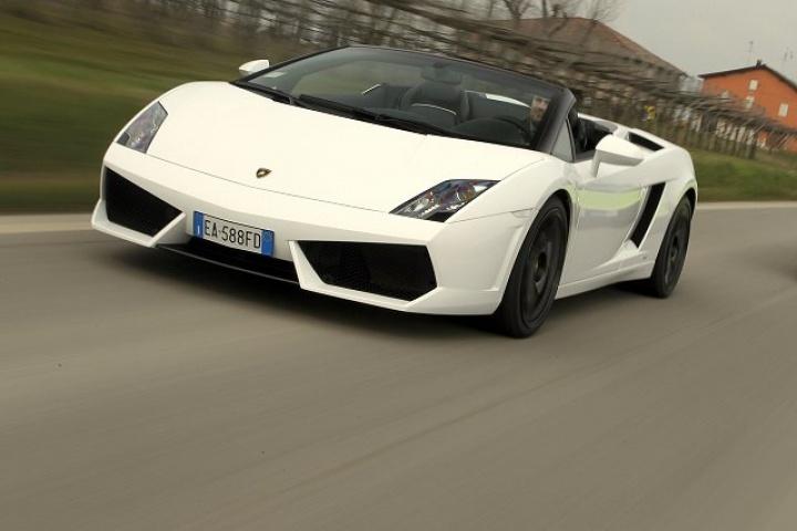 Lamborghini Gallardo Lp570 4 Spyder Performante Reviews Complete Car