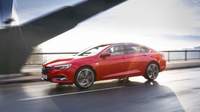 Opel Insignia Grand Sport 2 0 diesel | Reviews | Complete Car