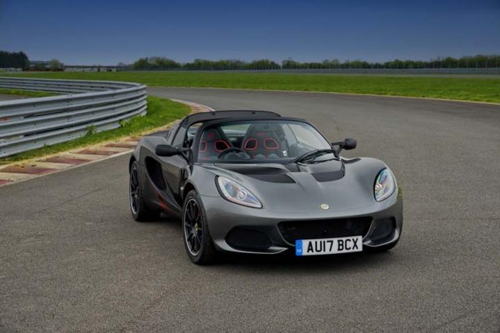 lotus elise sprint 220 reviews complete car. Black Bedroom Furniture Sets. Home Design Ideas