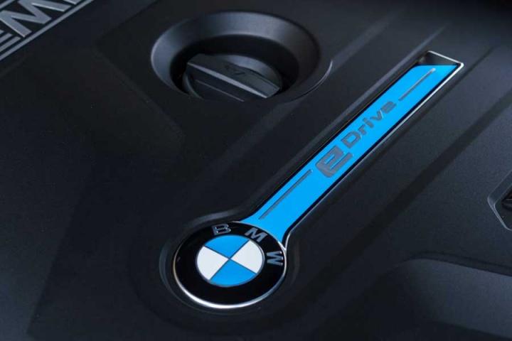 Bmw 740le Xdrive M Sport Reviews Complete Car