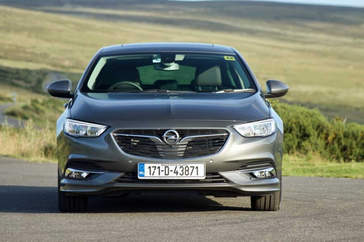 opel insignia grand sport 2 0 diesel reviews complete car. Black Bedroom Furniture Sets. Home Design Ideas