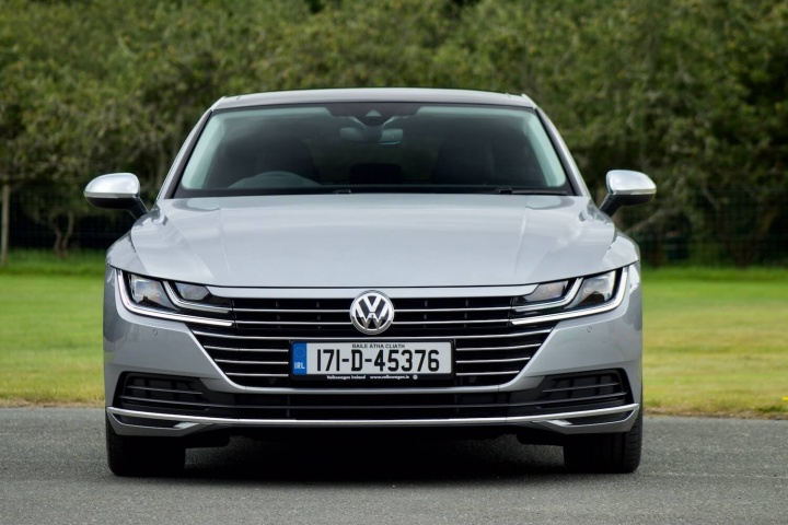 volkswagen arteon 2 0 tdi 150 reviews test drives complete car. Black Bedroom Furniture Sets. Home Design Ideas