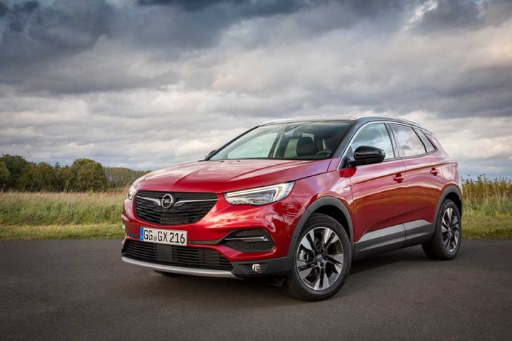 opel grandland x 1 6 diesel reviews complete car. Black Bedroom Furniture Sets. Home Design Ideas