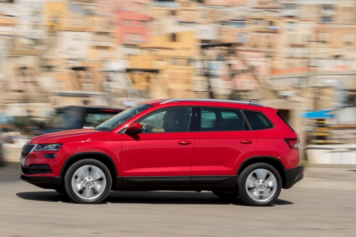 skoda karoq 1 6 tdi diesel reviews complete car
