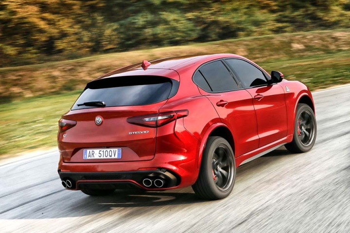 Alfa Romeo Stelvio Quadrifoglio: first pics and details