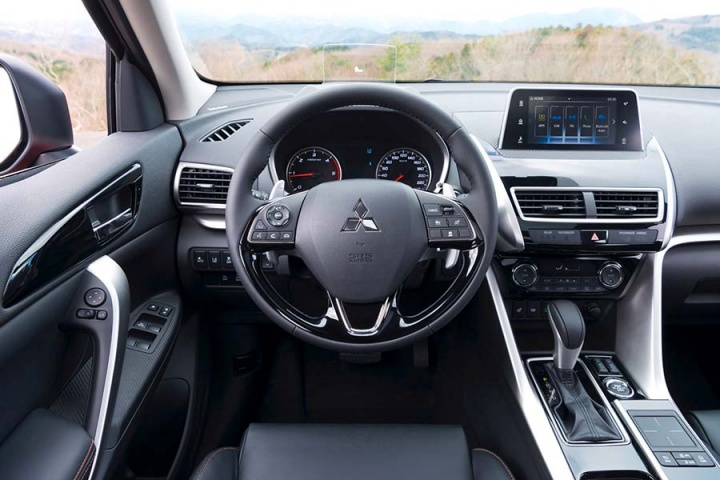 Mitsubishi Eclipse Cross 1 5 petrol CVT | Reviews | Complete Car