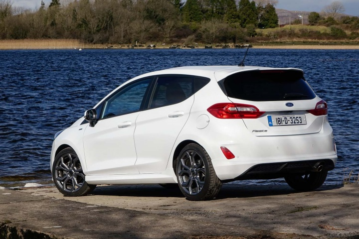 ford fiesta 1 0 ecoboost st line reviews complete car. Black Bedroom Furniture Sets. Home Design Ideas
