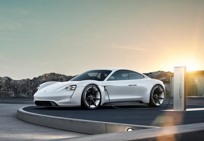 Porsche confirms Mission-E's name: the Taycan