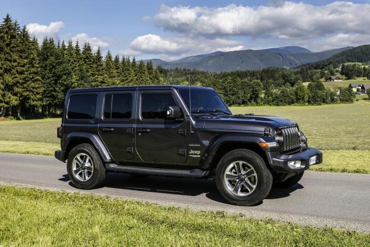 Jeep Wrangler 2 2 diesel Sahara | Reviews | Complete Car