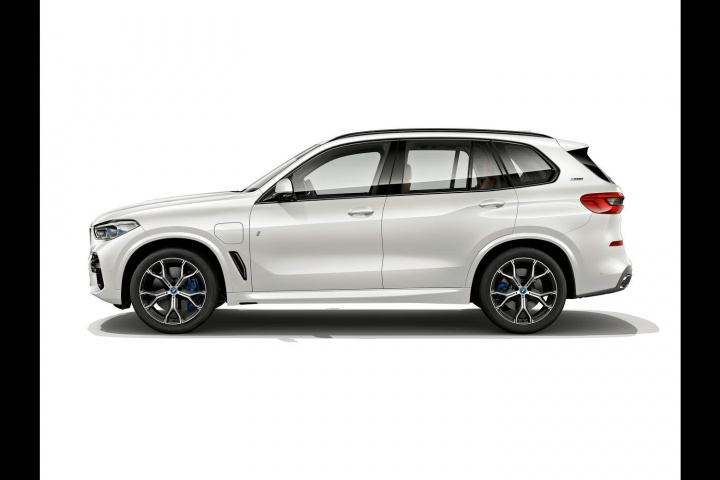 BMW reveals high-power X5 hybrid