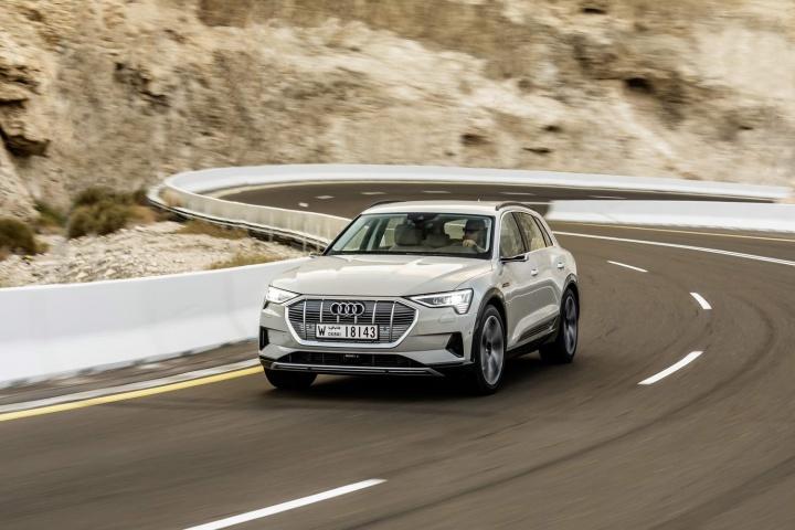 Audi e-tron 55 quattro SUV (2019) review
